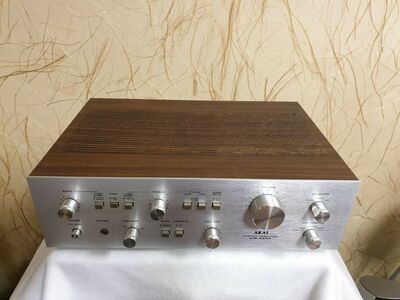 Akai AM-2400 Stereo Integrated Amplifier