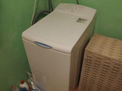 Vähe kasutatud garantiiga pesumasin Whirlpool