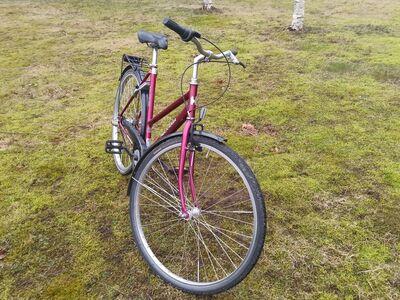 """28"""" Naiste jalgratas 3käiguline"""