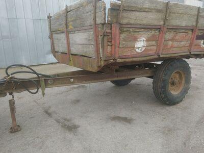Traktori käru
