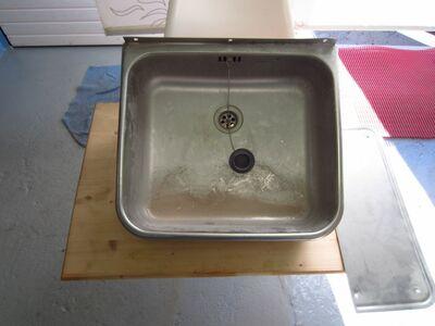 Roostevaba kraanikauss