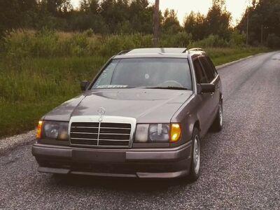Mercedes Benz s124 3.0D 87