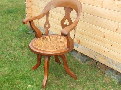 Pöörlev tool