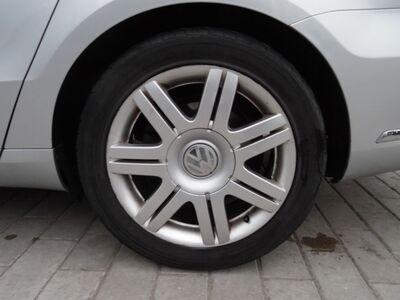 "M/V VW Volkswagen 17"" 5x112 + 245/45R17"