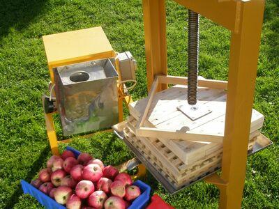 Õunapurustaja ja mahlapress